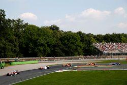 Felix Rosenqvist; Jake Dennis, Prema Powerteam Dallara Mercedes-Benz e Mikkel Jensen, Mücke Motorspo