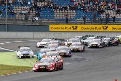 Start van de race, Miguel Molina, Audi Sport Team Abt Audi RS 5 DTM, leidt