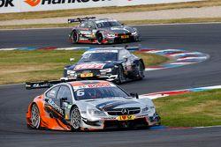 Robert Wickens, Mercedes-AMG C 63 DTM en Timo Scheider, Audi RS5 DTM
