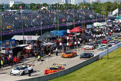 Autos dejando pit lane