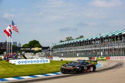 #9 K-Pax Racing, McLaren 650S GT3: Kevin Estre