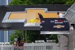 Detroit'te sarı bayrak