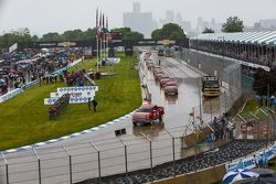 Track drying at Detroit