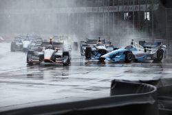 Stefano Coletti, KV Racing Technology and Tony Kanaan, Chip Ganassi Racing Chevrolet crash