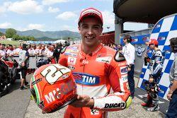Ganador de la pole Andrea Iannone, Ducati