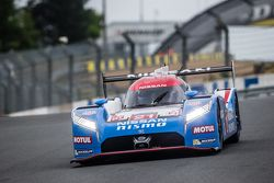 №21 Nissan Motorsports Nissan GT-R LM NISMO: Цугио Мацуда, Лукас Ордоньес, Марк Шульжицкий