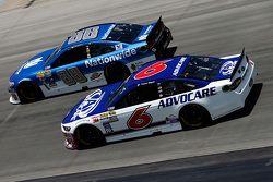 Dale Earnhardt Jr., Hendrick Motorsports Chevrolet and Trevor Bayne, Roush Fenway Racing Ford