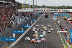 Start: Mattias Ekström, Audi Sport Team Abt Sportsline, Audi A5 DTM, leidt