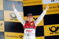 Подиум: победитель - Джейми Грин, Audi Sport Team Rosberg Audi RS 5 DTM