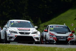 Lorenzo Veglia, SEAT Leon, Liqui Moly Team Engstler and Gianni Morbidelli, Honda Civic TCR, West Coa