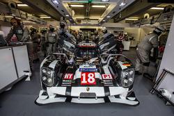 #18 Porsche Team Porsche 919 Hybrid : Romain Dumas, Neel Jani, Marc Lieb, Frédéric Makowiecki