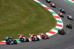 Jorge Lorenzo, Yamaha Factory Racing, en tête au départ