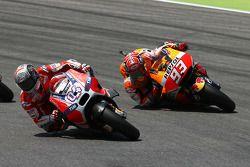Andrea Dovizioso, Ducati Team, et Marc Marquez, Repsol Honda
