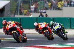 Marc Marquez et Dani Pedrosa, Repsol Honda Team, et Valentino Rossi, Yamaha Factory Racing