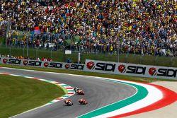 Andrea Iannone, Ducati Team; Marc Marquez und Dani Pedrosa, Repsol Honda Team, und Valentino Rossi,