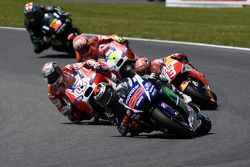 Jorge Lorenzo, Yamaha Factory Racing, Andrea Dovizioso, Ducati Team, Marc Marquez, Repsol Honda Team, Andrea Iannone, Ducati Team, et Bradley Smith, Tech 3 Yamaha