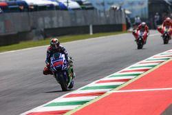 Jorge Lorenzo, Yamaha Factory Racing con Andrea Dovizioso, y Andrea Iannone, Ducati Team