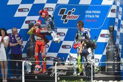 Podium: 1. Jorge Lorenzo, 2. Andrea Iannone, 3. Valentino Rossi