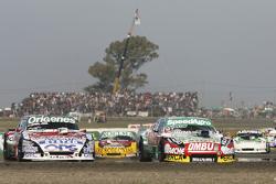 Facundo Ardusso, Trotta Competicion Dodge and Camilo Echevarria, Coiro Dole Racing Torino