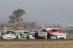 Juan Martin Trucco, JMT Motorsport Dodge en Diego de Carlo, JC Competicion Chevrolet en Mauro Giallo
