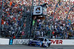 Jimmie Johnson, Hendrick Motorsports Chevrolet vence em Dover