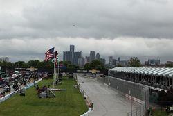 Rainy skies before the start