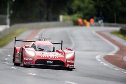 #23 Nissan Motorsports Nissan GT-R LM NISMO