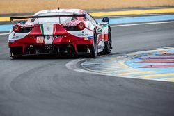 #61 AF Corse Ferrari 458 GTE: Peter Ashley Mann, Raffaele Giammaria, Matteo Cressoni
