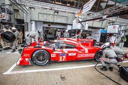 #17 Porsche Team Porsche 919 Hybrid: Марк Уэббер, Тимо Бернхард, Брендон Хартли