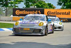 #44 Magnus Racing Porsche 911 GT America : John Potter, Andy Lally