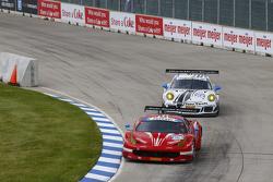 #63 Scuderia Corsa Ferrari 458 Italia: Bill Sweedler, Townsend Bell and #22 Alex Job Racing Porsche