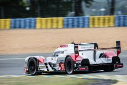 #9 Audi Sport Team Joest Audi R18 e-tron quattro: René Rast, Filipe Albuquerque, Marco Bonanomi