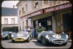 Aston Martin Racing in het Hotel de France in Le Mans in de jaren '50
