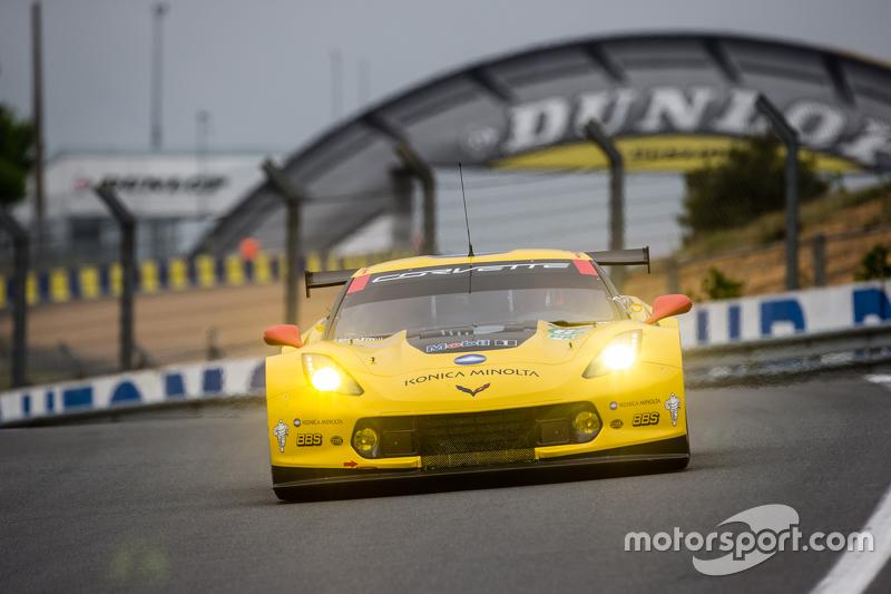 #64 Corvette Racing Corvette C7.R: Джордан Тейлор, Олівер Гевін, Томмі Мілнер