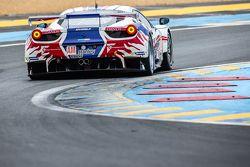 #82 AF Corse Ferrari 458 GTE: Howard Blank, Jean-Marc Bachelier, Yannick Mallegol, Eric Mouez