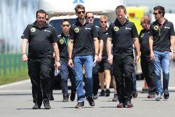 Romain Grosjean, Lotus F1 Takımı ve Julien Simon-Chautemps, Romain Grosjean'ın yarış mühendisi, Lotu