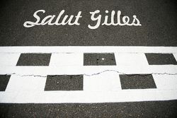 Salut Gilles, tributo a Gilles Villeneuve sulla linea del traguardo