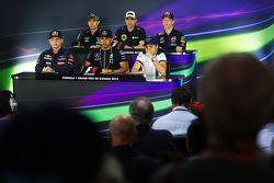 Die FIA-Pressekonferenz: Sahara Force India F1; Pastor Maldonado, Lotus F1 Team; Daniil Kvyat, Red B
