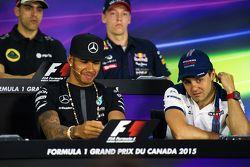 Lewis Hamilton, Mercedes AMG F1, und Felipe Massa, Williams, in der FIA-Pressekonferenz
