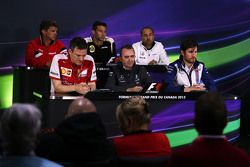 FIA Basın Konferansı, Manor Marussia F1 Takımı Baş Yöneticisi; Matthew Carter, Lotus F1 Takımı CEO's