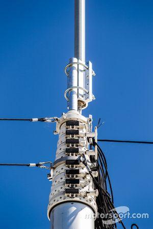 Toyota Racing transporte: enorme antena de telecomunicaciones y telemetría