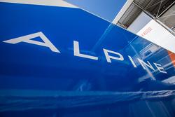 Signatech Alpine transporter, dan logo / signage