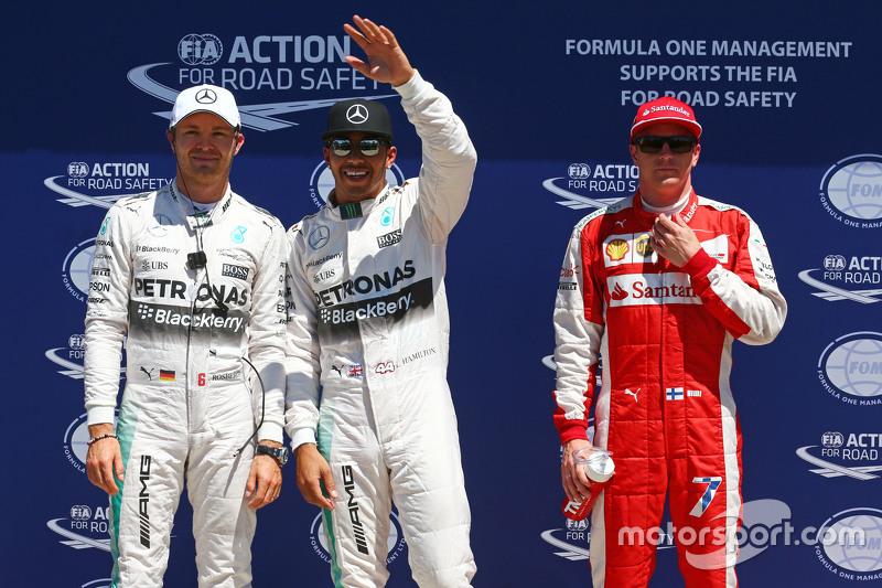 Qualifying, Top 3 im Parc Fermé: Nico Rosberg, Mercedes AMG F1; Pole-Sitter: Lewis Hamilton, Mercedes AMG F1, und 3. Kimi Räikkönen, Ferrari