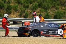 #4 Belgian Audi Club Team WRT Audi R8 LMS Ultra: Frank Stippler, James Nash goes off at the start
