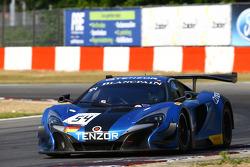 #54 Attempto Racing McLaren 650S GT3: Nicolas Armindo, Philipp Wlazik