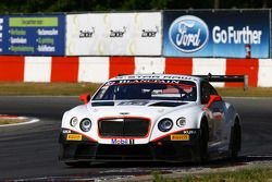 #83 Bentley Team HTP Bentley Continental GT3: Tom Dillman, Jules Szymkowiak