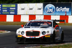 #83 Bentley Team HTP, Bentley Continental GT3: Tom Dillman, Jules Szymkowiak