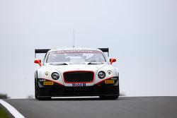 #83 Bentley Team HTP Bentley Continental GT3: Tom Dillman, Jules Szymkowiak
