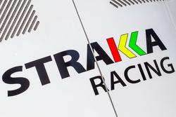 Strakka Racing transporter, dan logo / signage