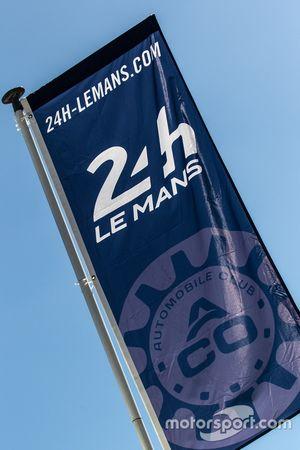 24 Hours of Le Mans logo / signage